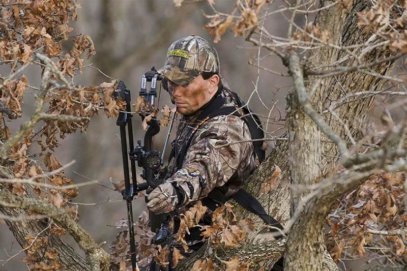 Bowhunting Whitetails, East to West